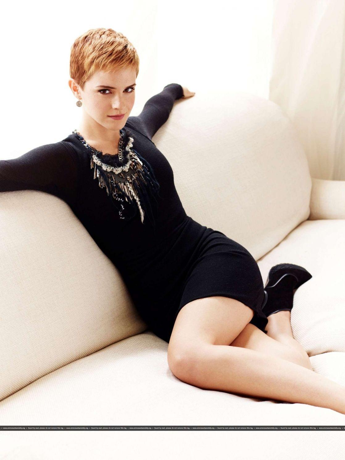 Emma Watson   Emma watson cheveux courts, Emma watson, Coupe de cheveux