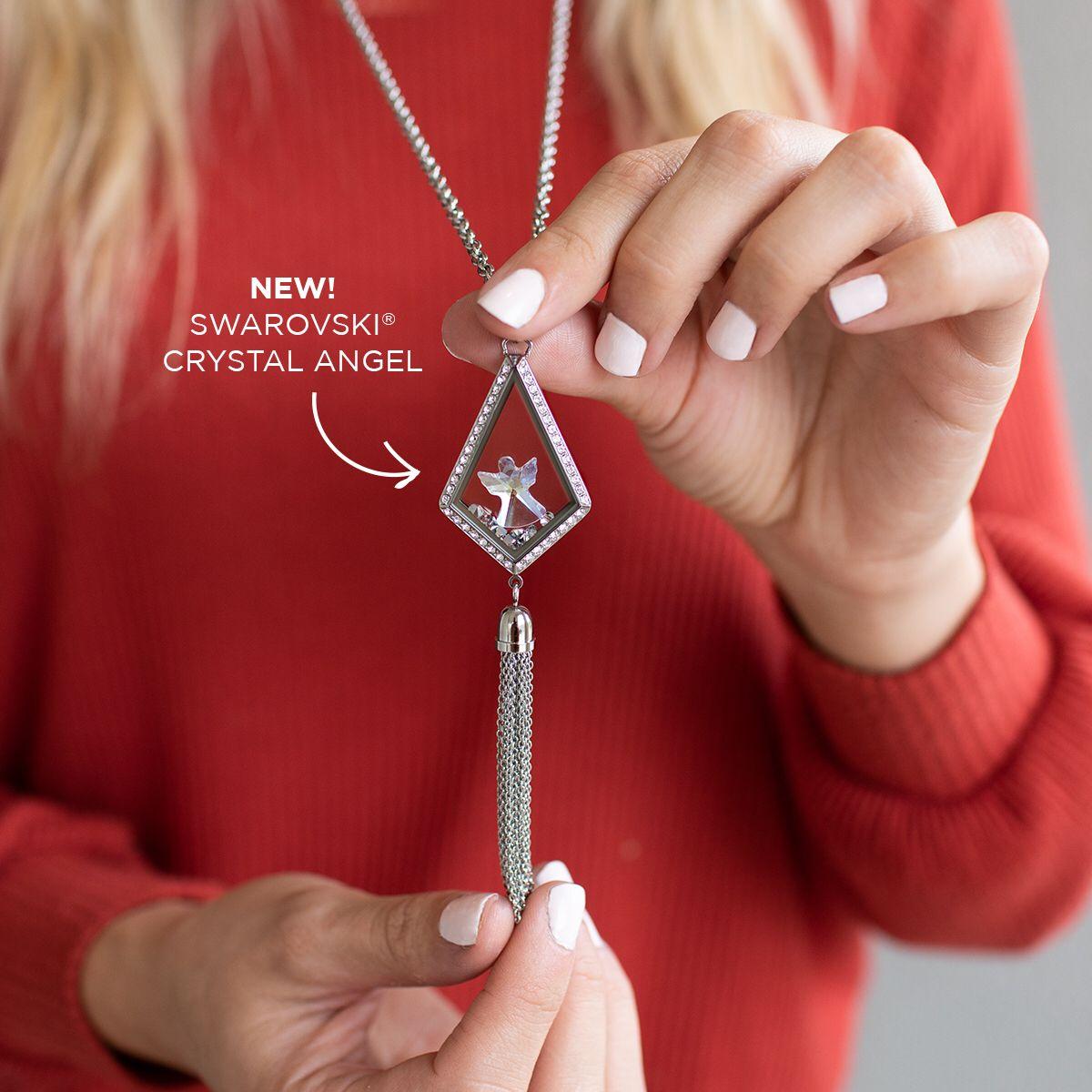 Am Exclusive Swarovski Locket Figurine From Origami Owl This Christmas Season Jewelry Angels Cr Origami Owl Jewelry Origami Owl Charms Origami Owl Designer