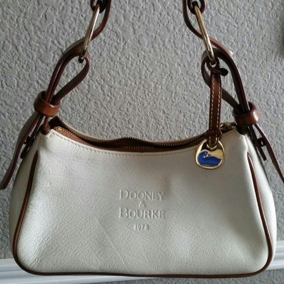 Dooney Bourke White Leather Handbag Great Bag In Good Condition With Saddle