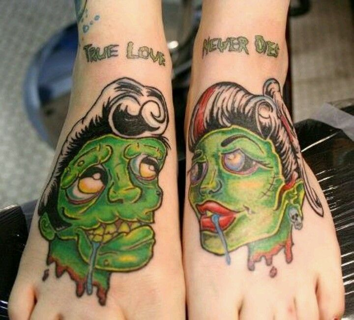 I love this style tattoo!