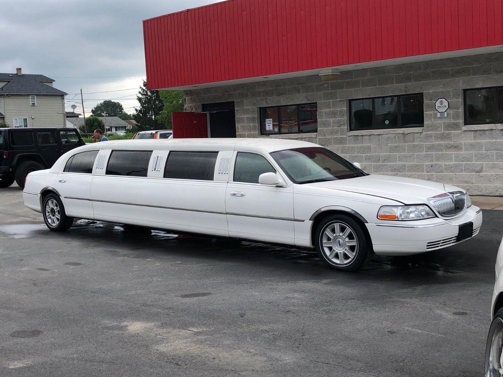 Needs Tlc 2006 Lincoln Town Car Limousine Limousines For Sale
