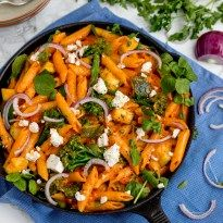 One-Pot Cheese and Tomato Pasta with Spring Vegetables - Nicky's Kitchen Sanctuary