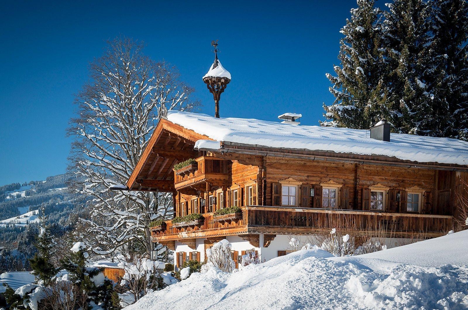 Das Bauernhaus | Landhaus | Pinterest | Tyrol, Real estate companies ...