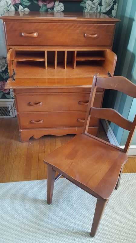 Vermont Rock Maple Furniture Made In Beecher Falls Incl One Dressers/desk  Combination, One