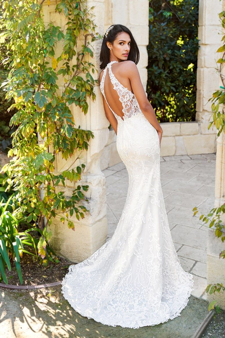 7abcd74839 20 Tips For A Flawless Wedding Dress Shopping Experience | Moonlight Bridal  Moonlight Collection 5