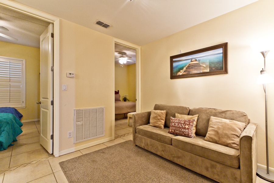 Island vacation rentals by las marinas 301 south padre is