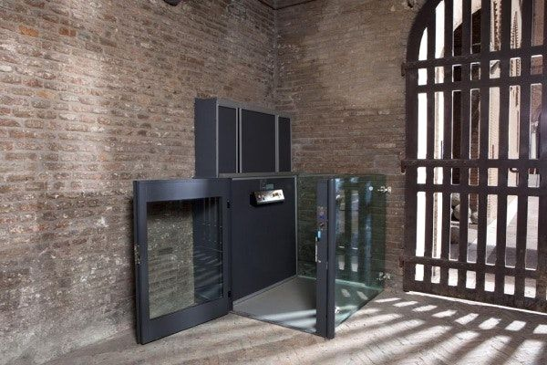 Montacarichi da interno prezzi avec piattaforme elevatrici for Montacarichi da balcone prezzi