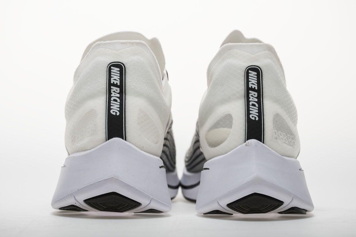 13766303130e NIKELab Zoom Fly SP AA3172-101 White Black Shoes5