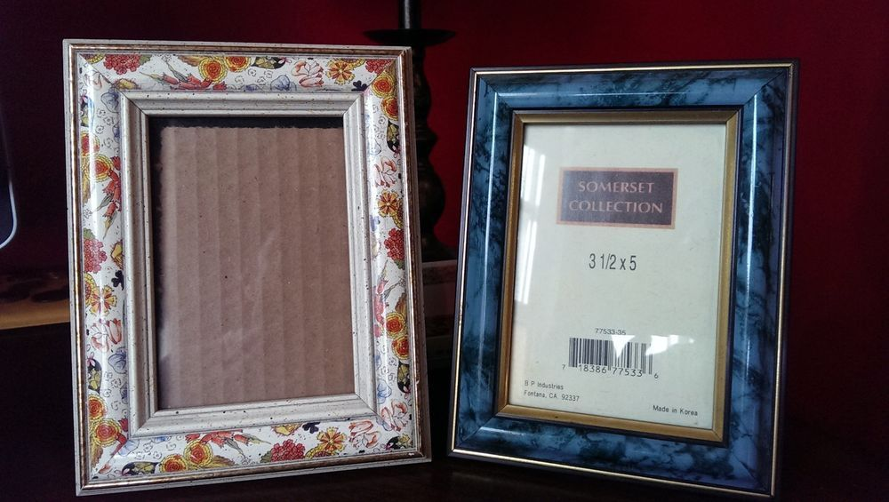 Lot Of 2 Small 3 12 X 5 Picturephoto Table Top Frames Burnes And