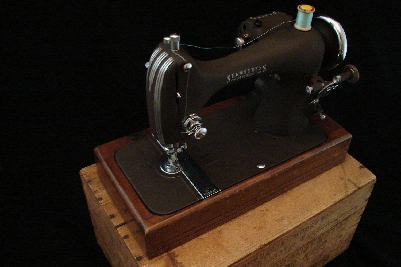 1930s Reversew Vintage Sewing Machine. $110.00, via Etsy ...