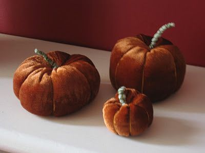 Me and my shadow: Fabric Pumpkins