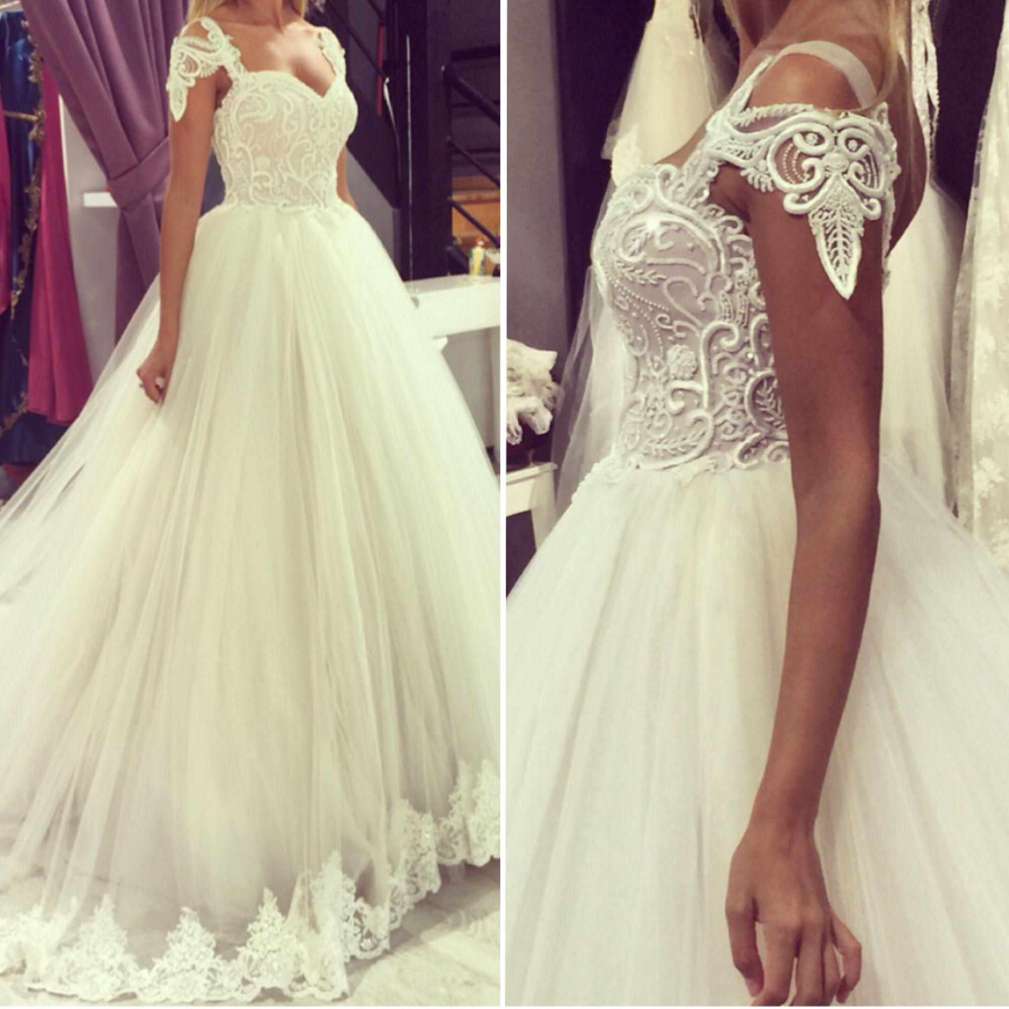 White House By Ozge Yilmaz Wedding Dresses Dresses Dream Wedding Dresses [ 2000 x 2000 Pixel ]