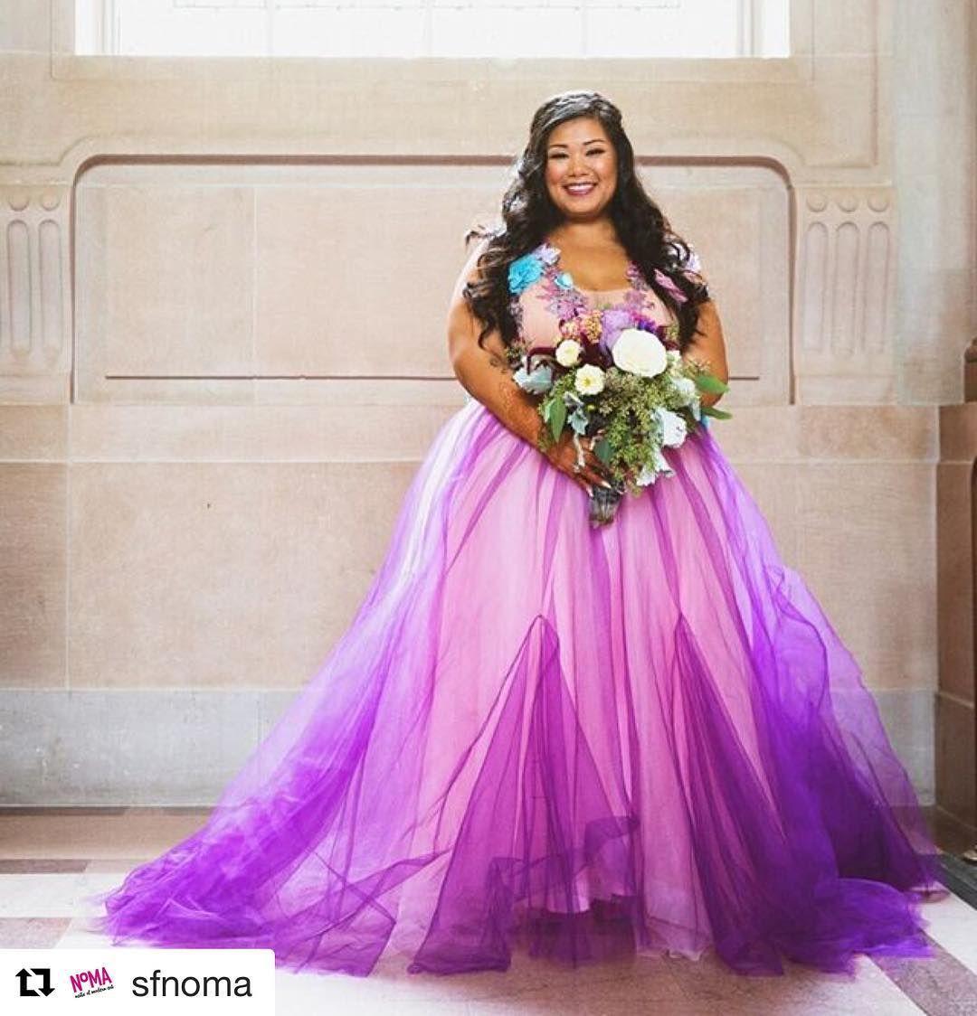 Plus Size Bride Chotronette Alternative Wedding Gowns Alternative Wedding Gown Beautiful Gowns Playing Dress Up [ 1124 x 1080 Pixel ]