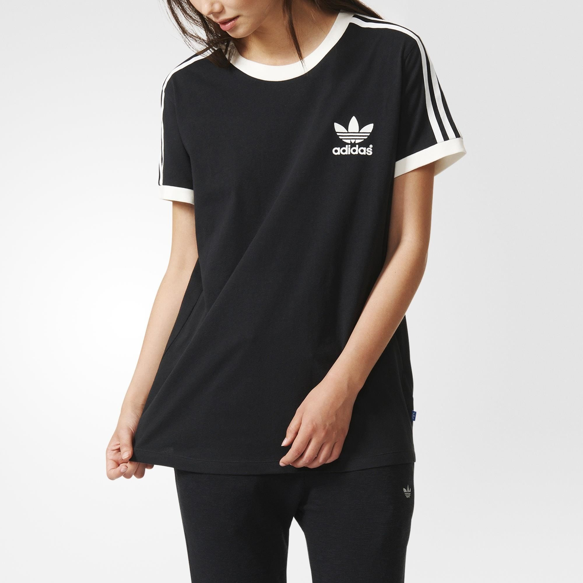 Adidas t shirt black white - Adidas Original 3 Stripes Tee This Relaxed Fit Women S T Shirt Features From The Contrast Crewneck Down To The Banded Sleeves