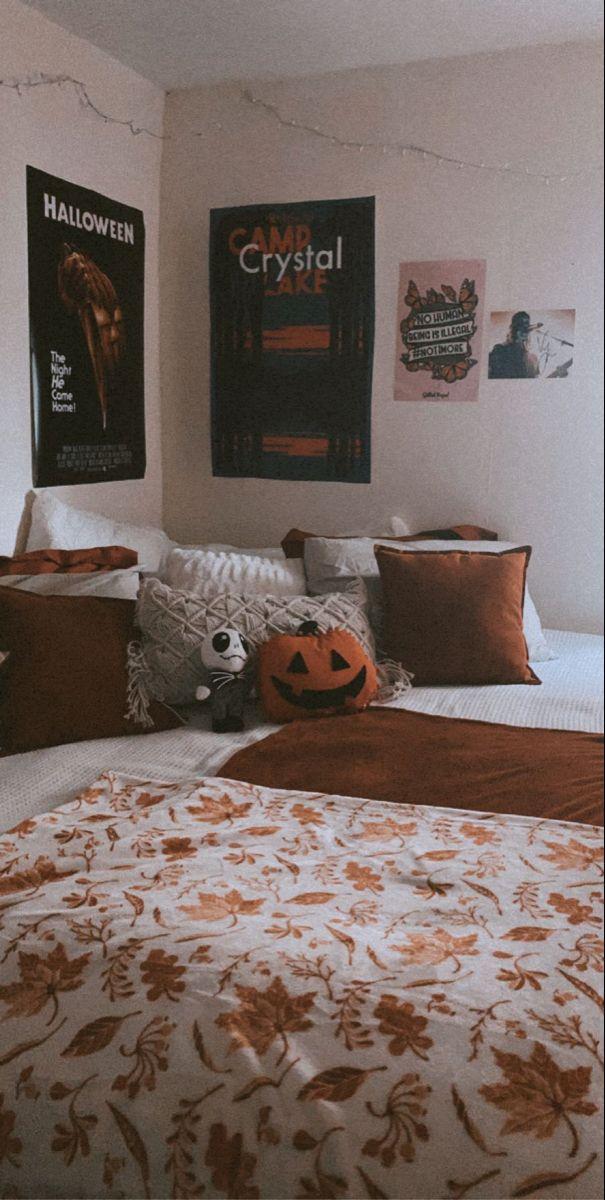 Fall Ready🍂 in 2020 Fall bedroom decor, Halloween