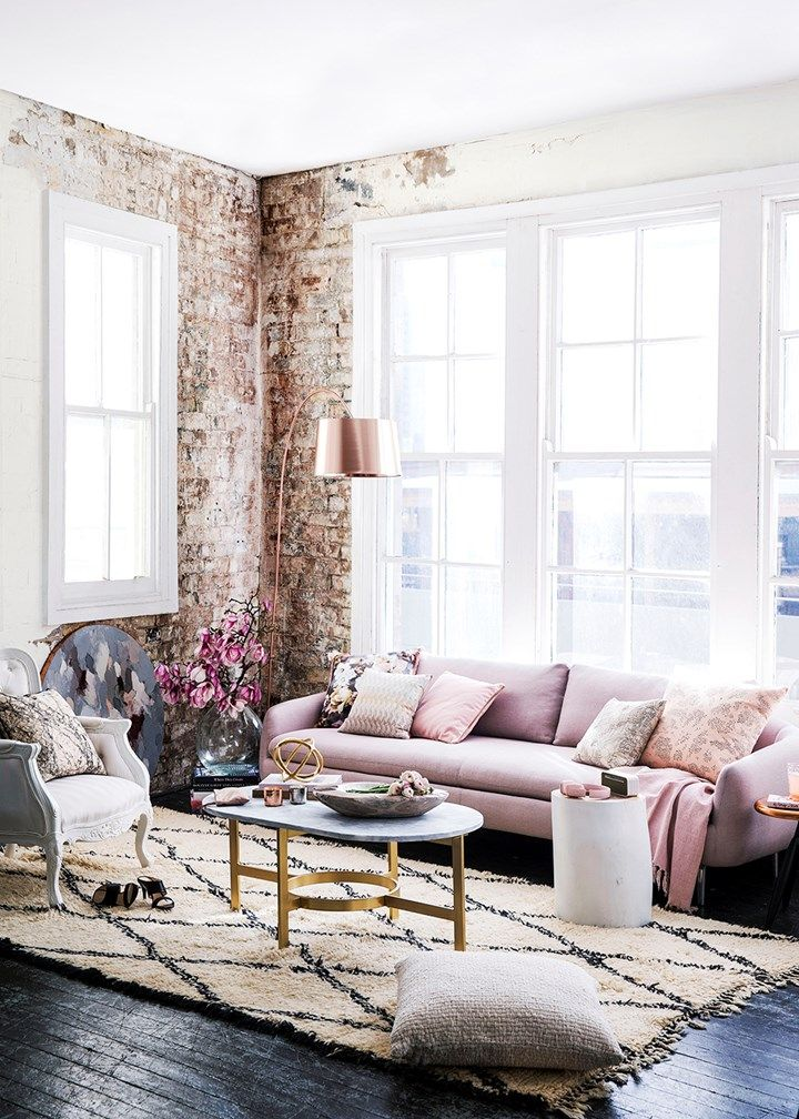 How to Subtly Decorate with the Color Pink Urban style, Delicate - wohnzimmer grau pink