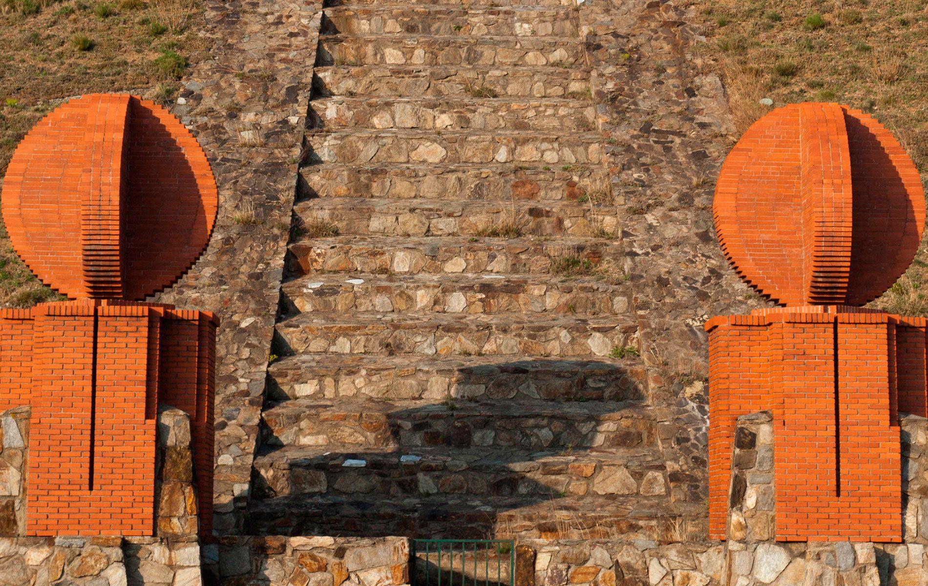 Ricardo Bofill, Taller de Arquitectura - PROYECTOS - La Pirámide