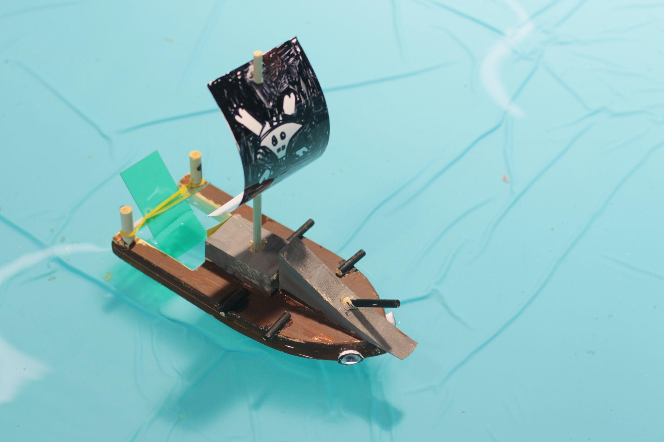 kids craft, kids art, wooden boat, Ship http://emilynpaul.blog.me