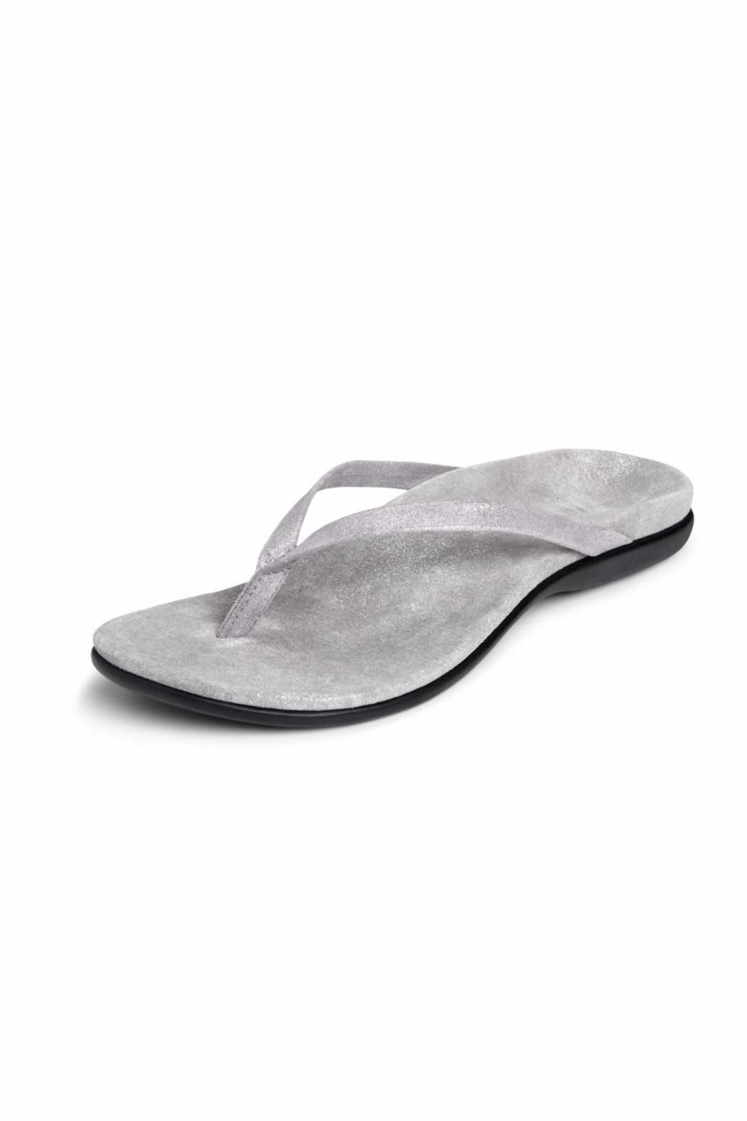35ca1125e85211 Sure to be an instant wardrobe staple the leather-covered Corfu toe post  sandal offers