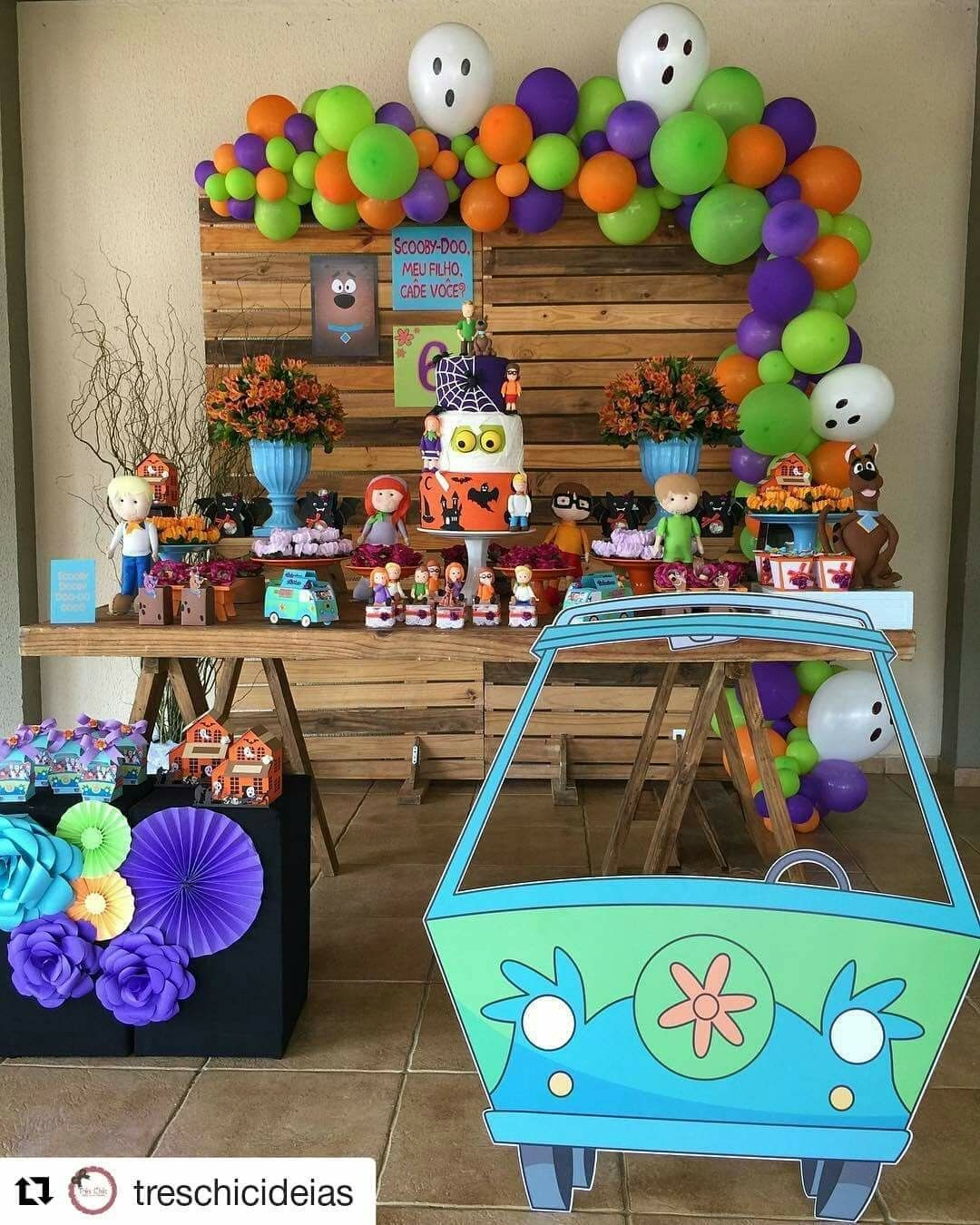 Scooby Doo 5th Birthday Party Supplies and Balloon Decorations