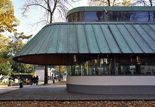 Electra bookstore venice james stirling pavilion and for Giardini a venise