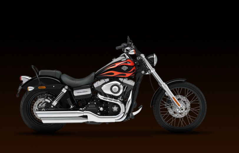 Harley Davidson · Dyna Wide Glide, Vivid Black With Flames