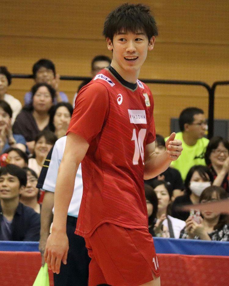 日本 代表 イケメン 男子 バレー