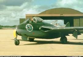 El vampire estuvo en servicio en la Fuerza Aérea Dominicana hasta el año 1974.