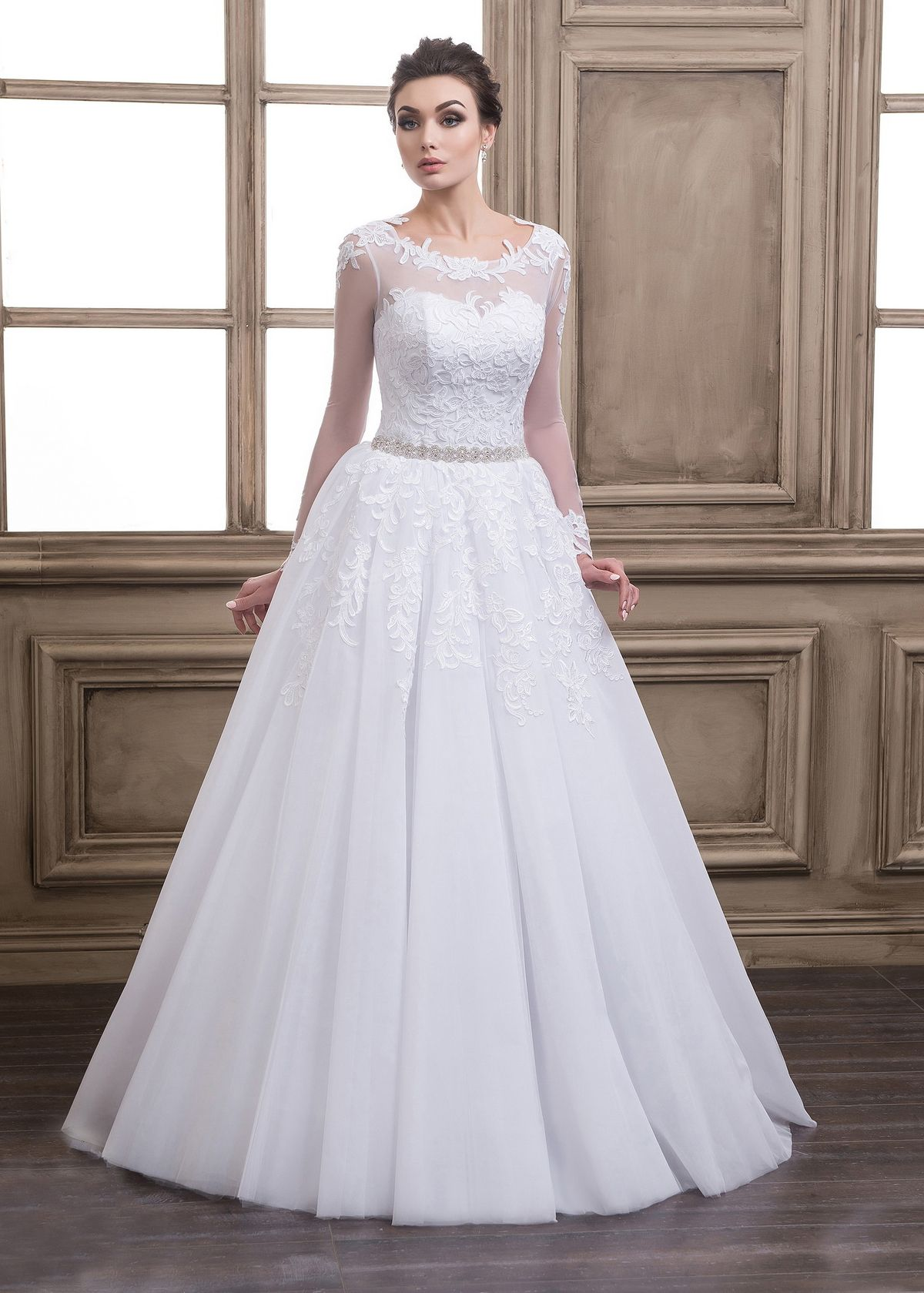 Long sleeves white lace tulle beaded sash wedding dress cotillion