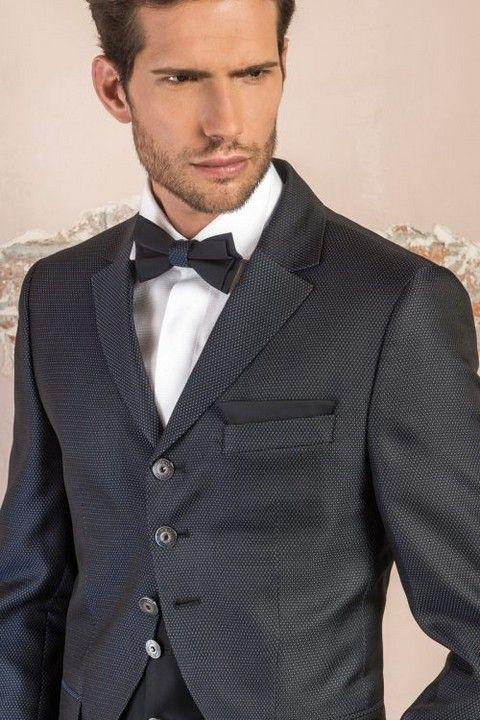 m105-luxusny-pansky-oblek-svadobny-salon-valery