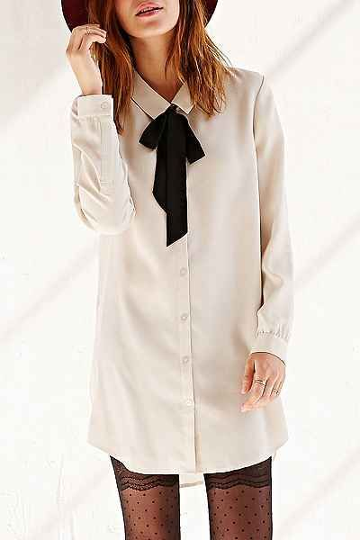 Tie-neck shirt dress