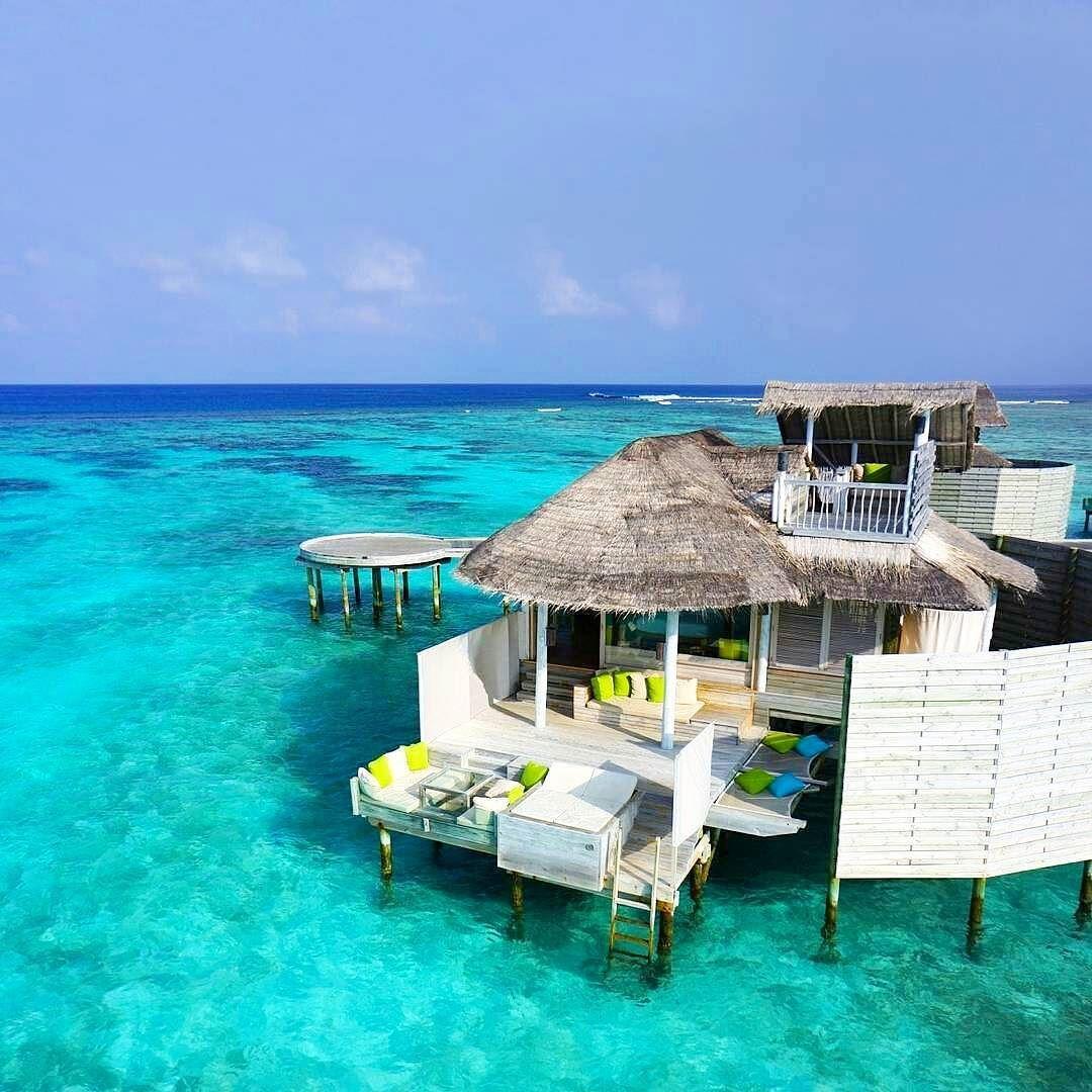 7 Luxurious Honeymoon Destinations Hotels: The Maldives Island - Six Senses Laamu
