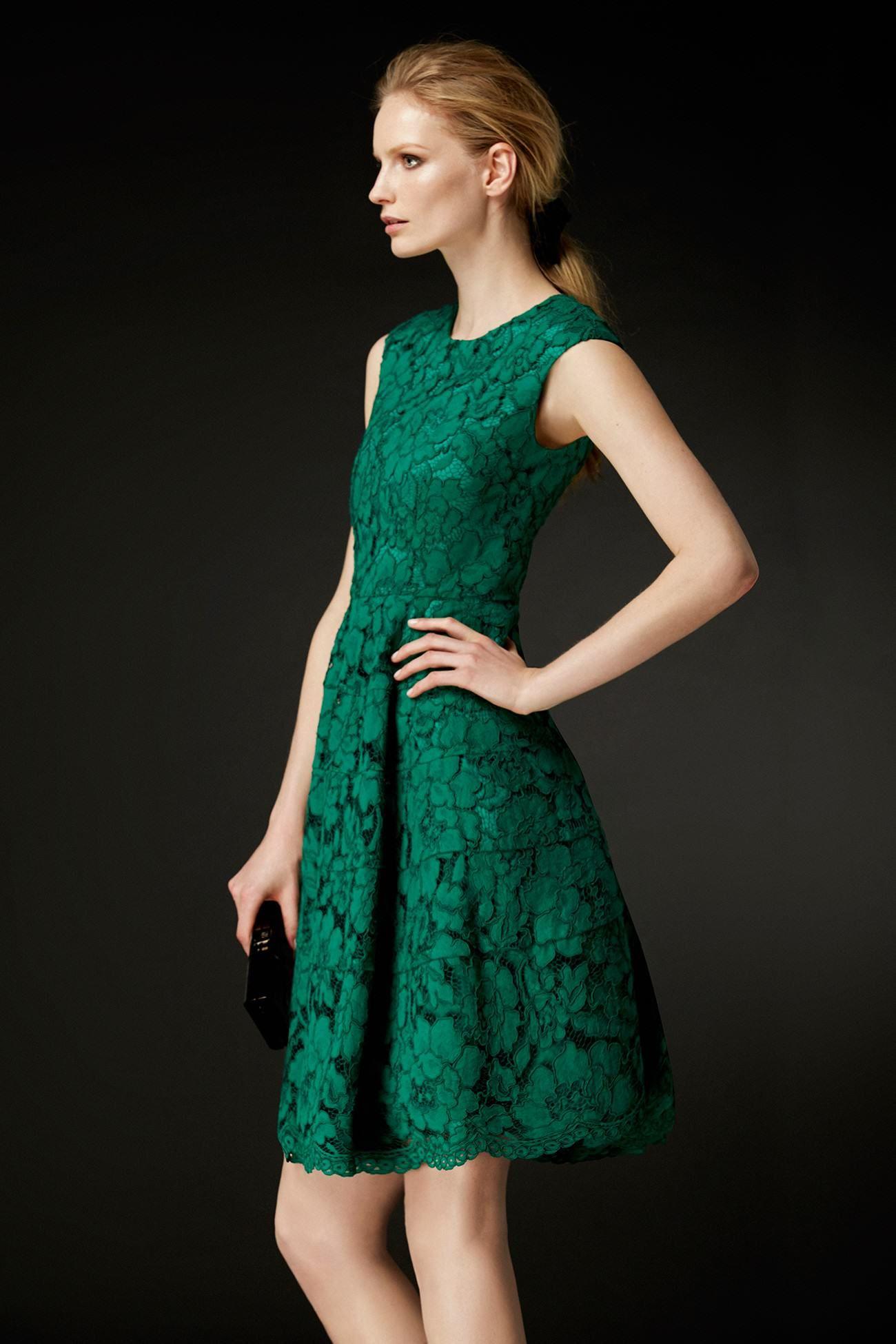 befe16bf0 Vestido Azul De Encaje · Vestidos Primavera · Descubre la colección Vestidos  Románticos