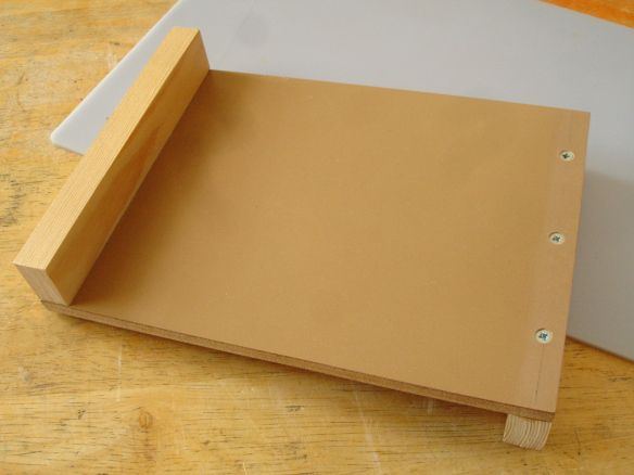 Terrific Making A Non Slip Gripping Board And A Bench Hook Saw Theyellowbook Wood Chair Design Ideas Theyellowbookinfo