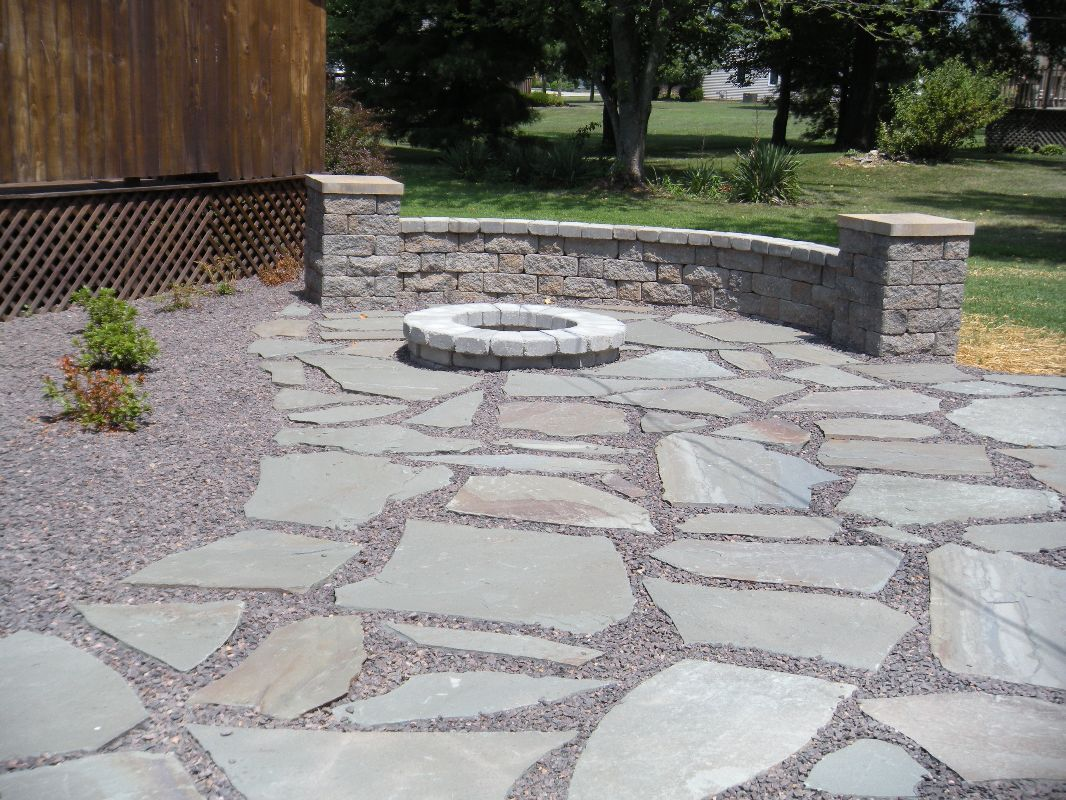 Charmant Natural Stone Patio/ Burn Pit/ Courtyard Sitting Wall/ Landscaping