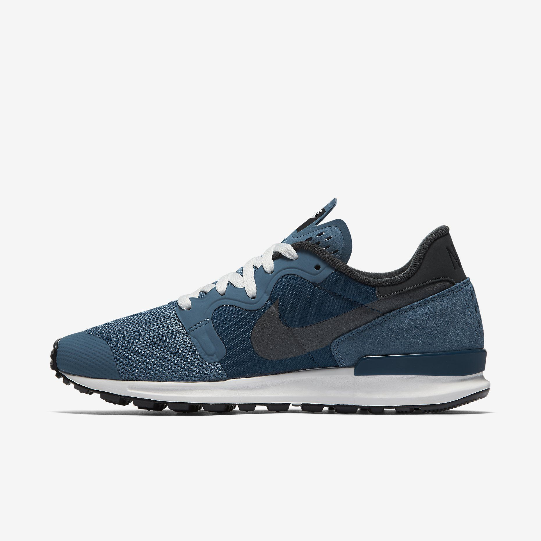 Nike Air Berwuda Men's Shoe: Ocean Fog/Coastal Blue/Summit White/Metallic