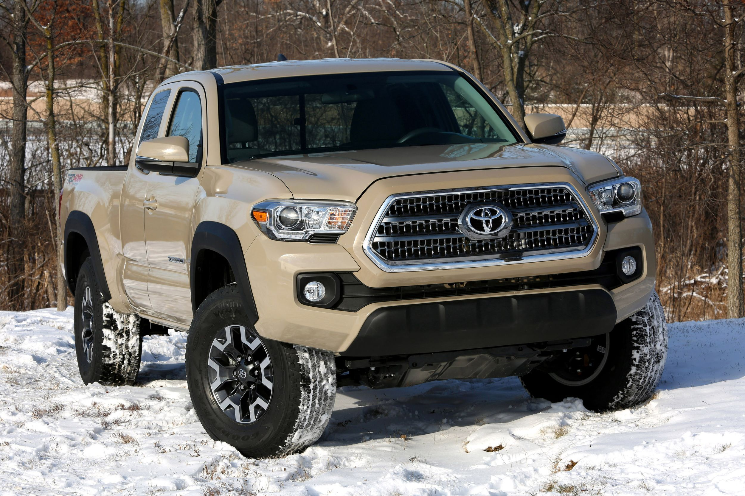 2016 Toyota Tundra Diesel Mpg >> 2016 Toyota Tacoma Access Cab revealed along with more details
