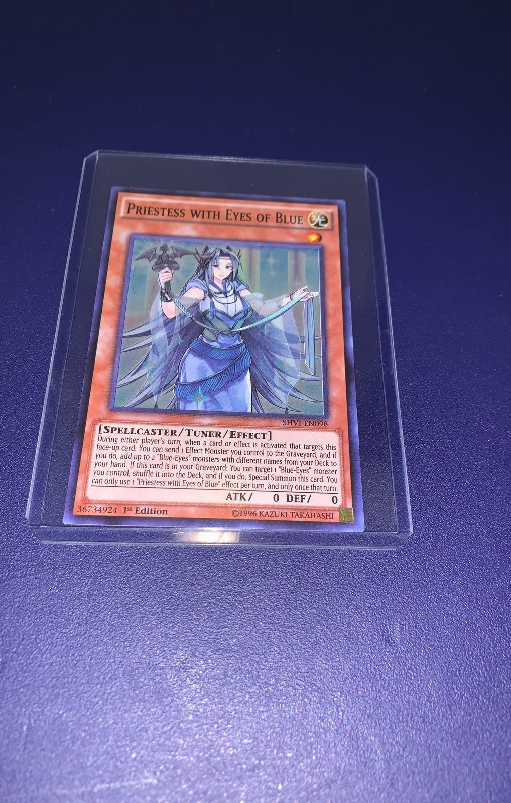 priestess with eyes of blue brand new yugioh card with