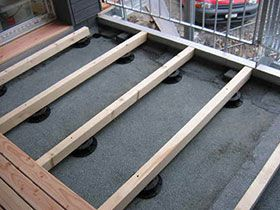 stelzlager plattenlager terrassenlager und bodentr ger dph system f r aufgest nderte b den. Black Bedroom Furniture Sets. Home Design Ideas
