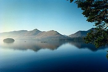 Catbells A Fantastic Short Lake District Walk To An Iconic Fell Probably Lakeland S Most Popular Lake District Lake District Walks Cumbria