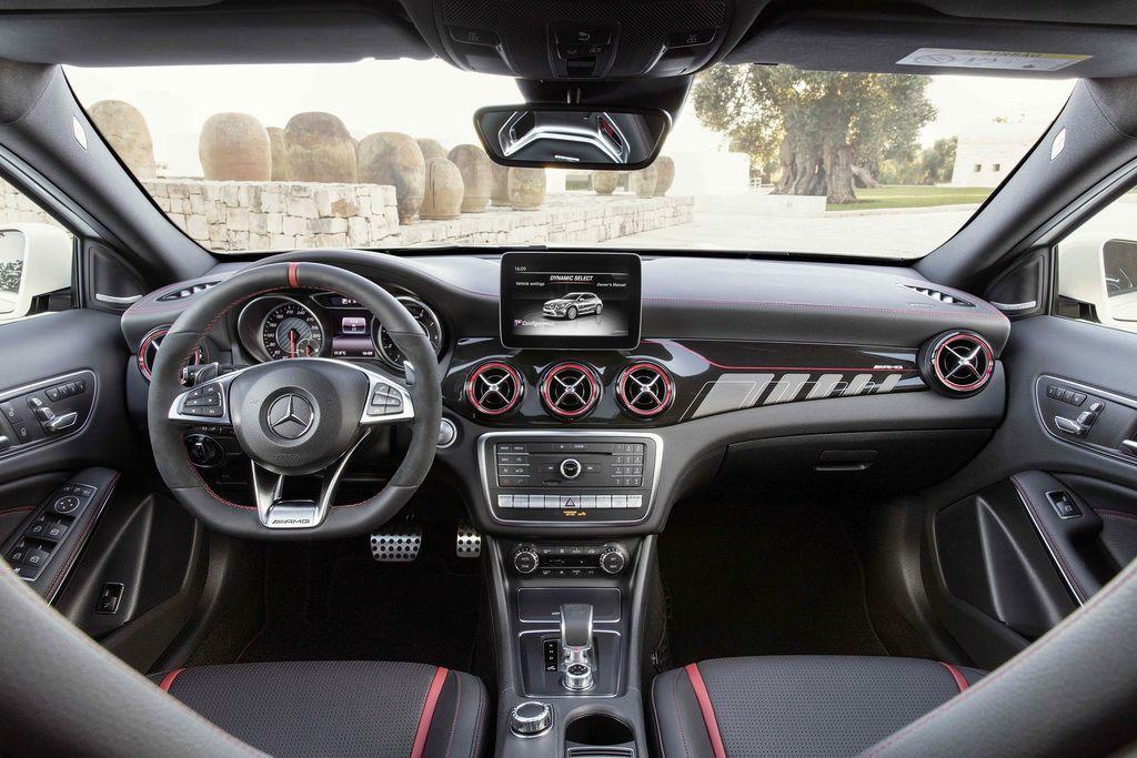 This Is The 2018 Mercedes Benz Gla Mercedes Mercedes Benz Gla