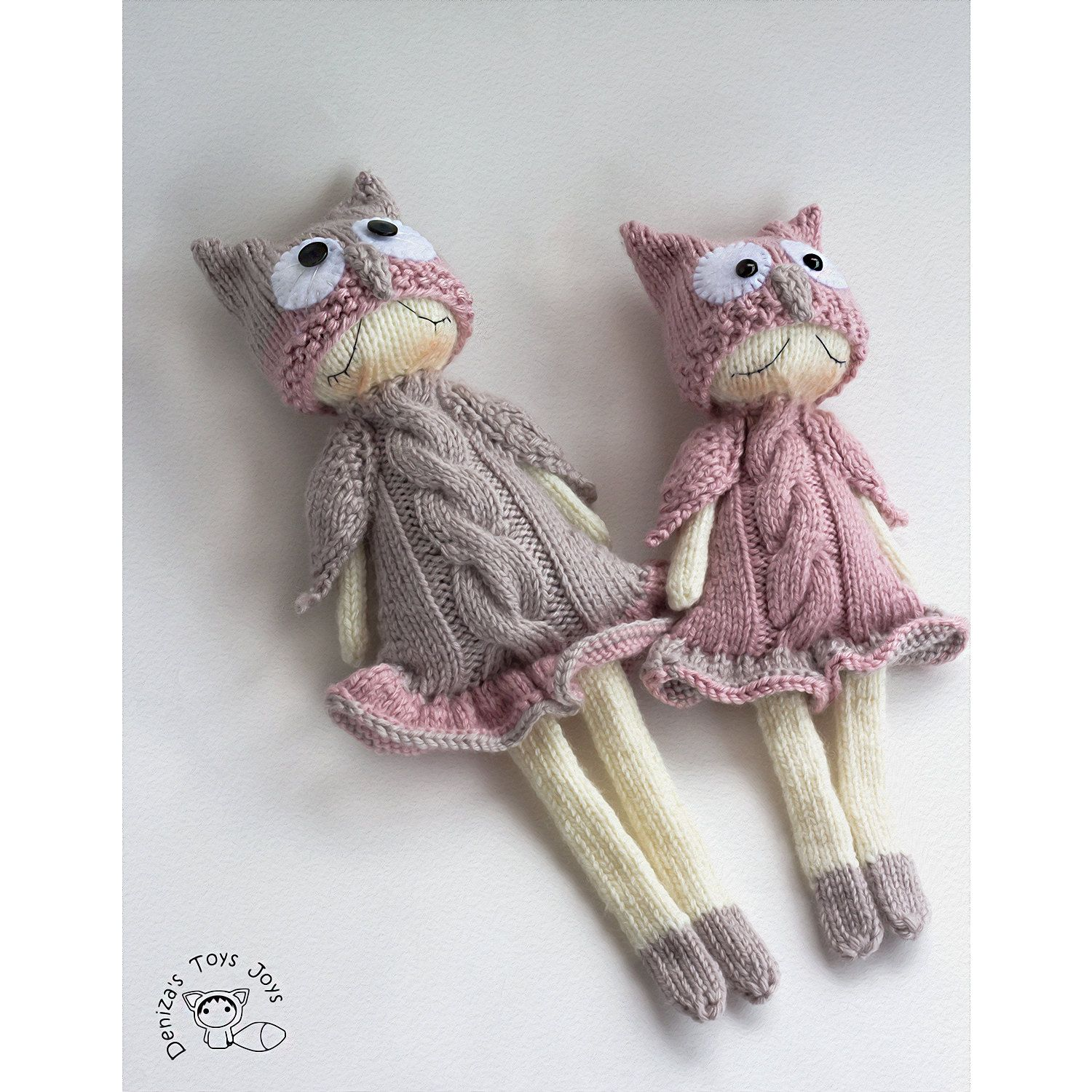 Owly Naptime dolls. pdf knitting pattern. Knitted in the