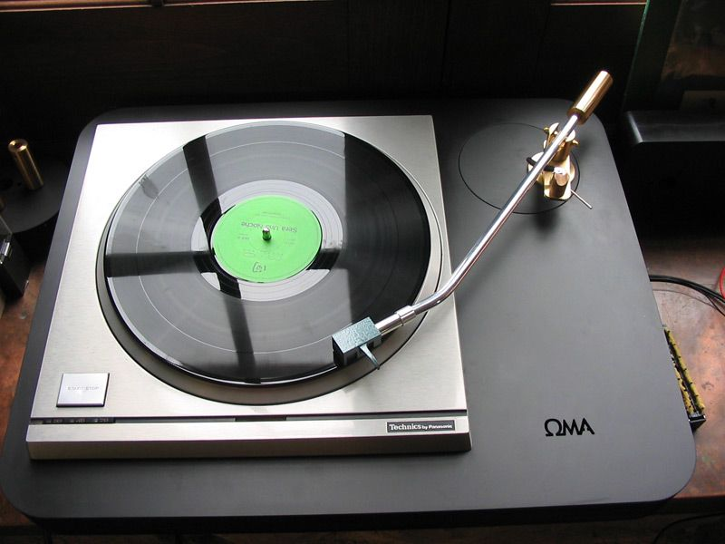 Schick Tonearm Technics Direct Drive in Oswald Mills Audio ...
