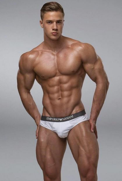 shirtless Benjamin bratt