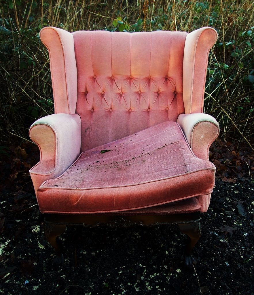 pink fluffy rolling chair