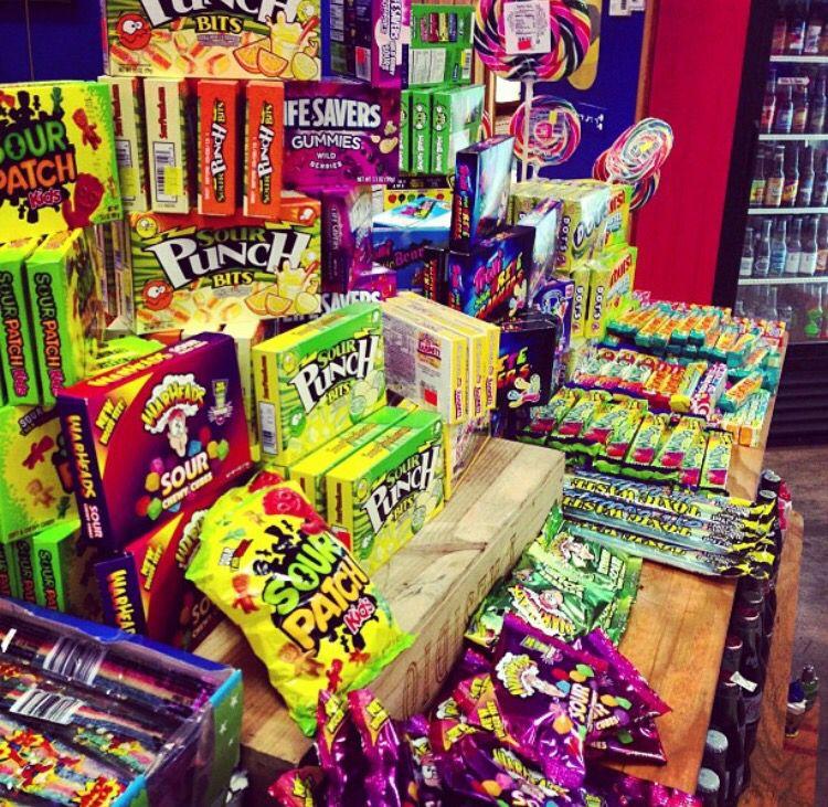 @kendalljenner: I'll take ya to the candy shop !