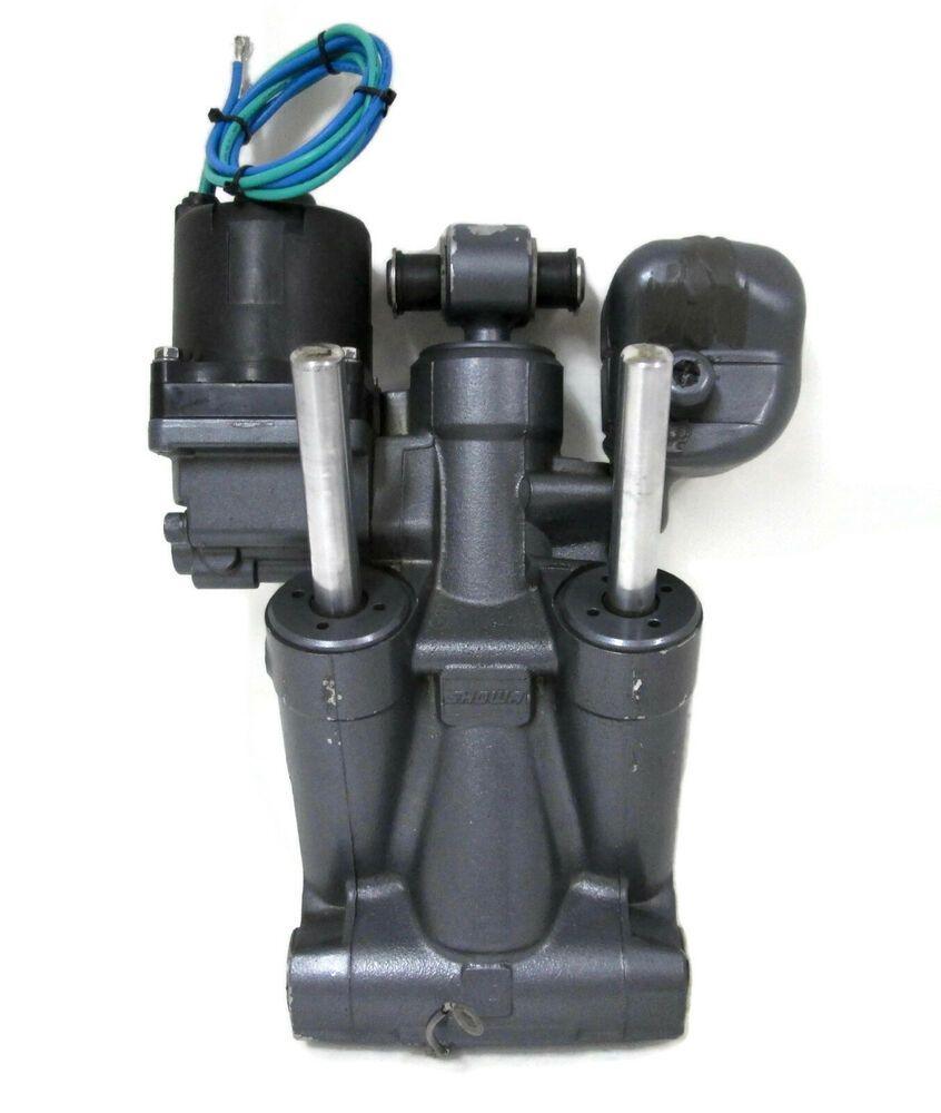 SOLD *** Yamaha Outboard Power Trim Tilt Assembly #64E-43800-00-4D