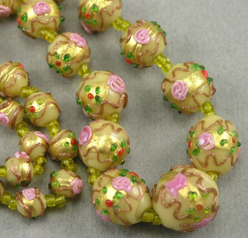 Vintage Antique Lt Yellow Venetian Wedding Cake Glass Beads Necklace, Gold Foil