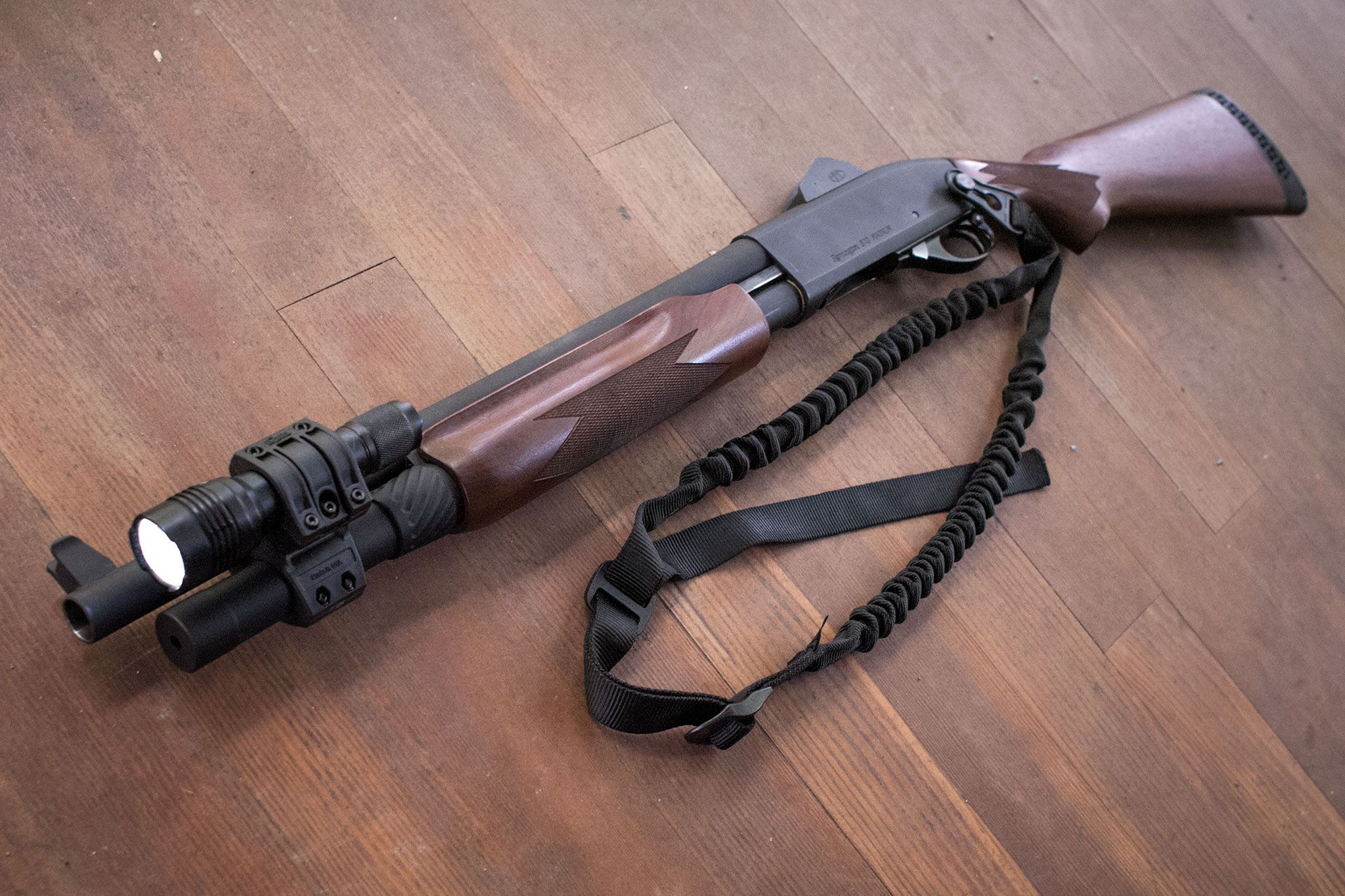 Remington 870 Flashlight