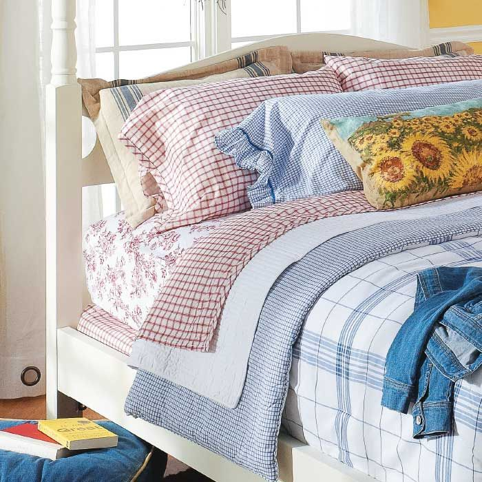 Mix & Match Bedding for a Layered Look Bed